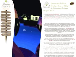 Camping en Dordogne: Le domaine des grands Pins