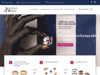 image du site https://www.danicci.com/bijoux-personnalise-femme/