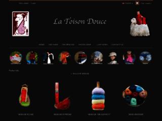 Vêtements et accessoires en peaux et mohair - La Toison Douce