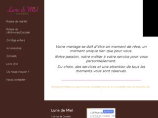 Lune de robes de mari e mariage for Mobilier bureau quimperle