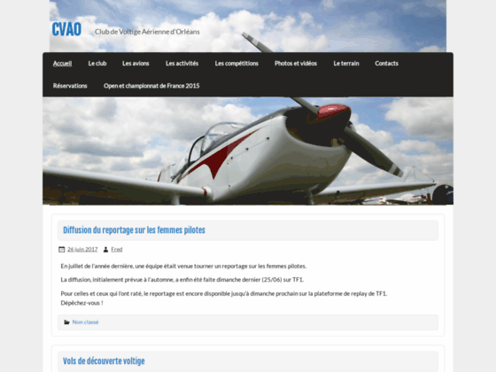 Photo image A Orléans: club de voltige aérienne