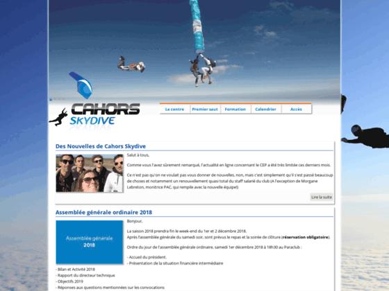 Photo image Centre Ecole de Parachutisme de Cahors - Tandem parachute - Lot - Midi-pyrénées