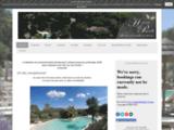 Gites de charme avec piscine chauffee pour les vacances en Provence - Hameau de Pignelle