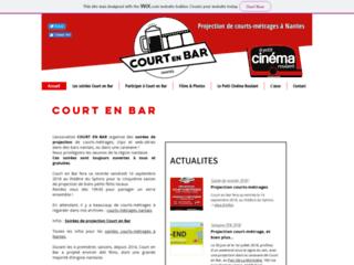 Détails : Court en Bar