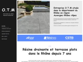 Terrasse sur plots : OTM dans le Rhône (69)