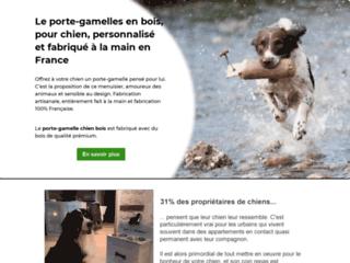 Porte-gamelles en bois pour chien