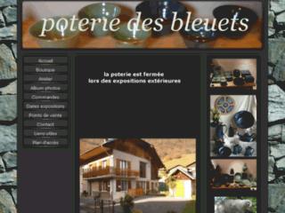 Détails : Poterie des bleuets