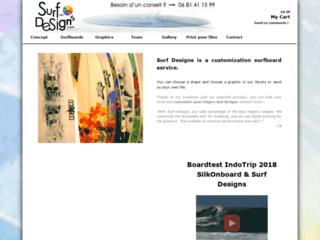 Détails : Surf Designs est un service de personnalisation de planches de surf. Tu peux choisir ta déco (ou nous envoyer ton fichier), choisir ton shape, puis visionner ta board en 3D !  -